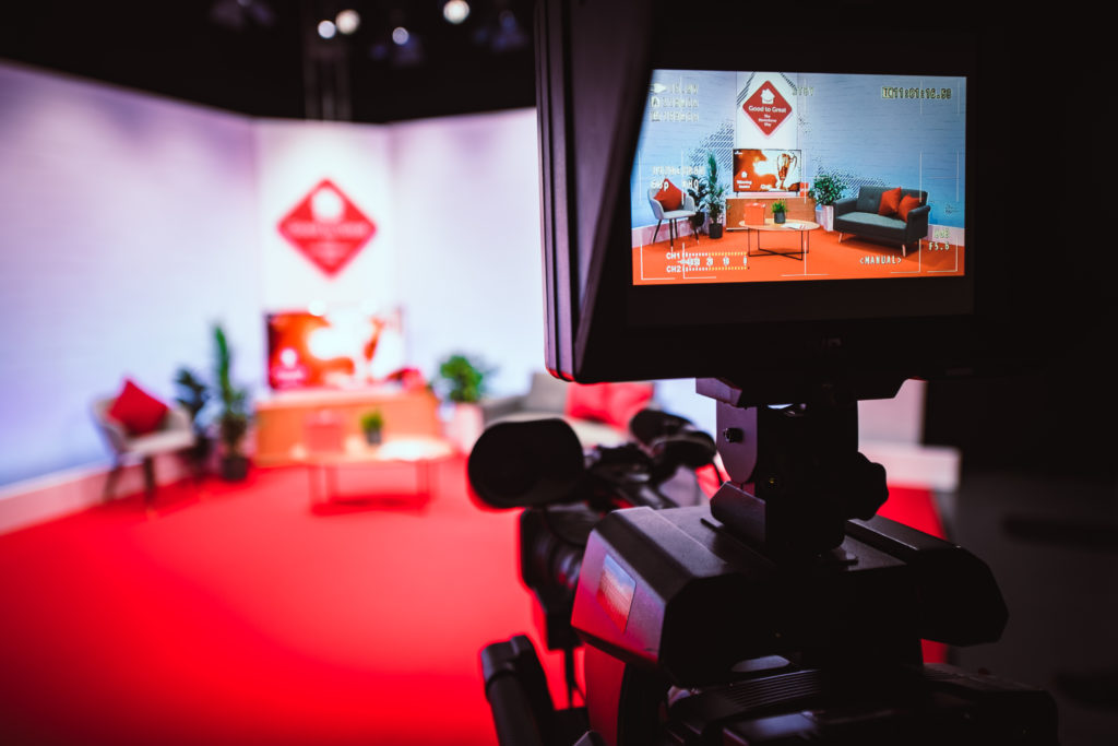 Behind the scenes photograph of custom set at global leaders conference